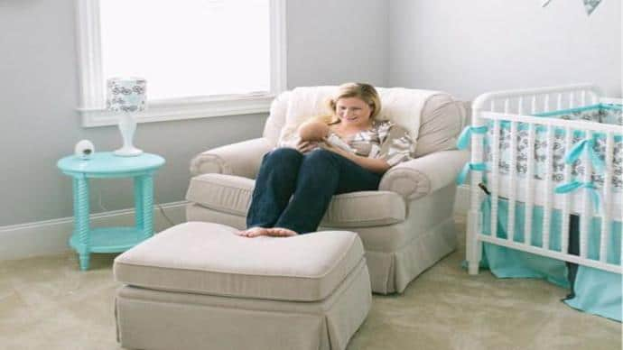Pleasing Best Breastfeeding Chair And Nursery Glider New Mom Stuff Pdpeps Interior Chair Design Pdpepsorg