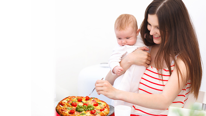 Can I Eat Pizza While Breastfeeding